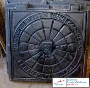 manhole cover kotak 800x800