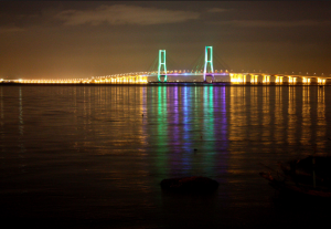 foto-jembatan-suramadu-surabaya2