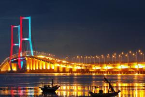 jembatan-suramadu-5-438-m