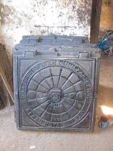 Manhole Cover Cast Iron DPU Berau