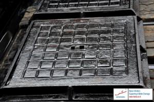 Manhole Cover Kotak 400x400