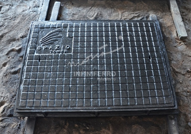 manhole cover cast iron untuk proyek spazio tower