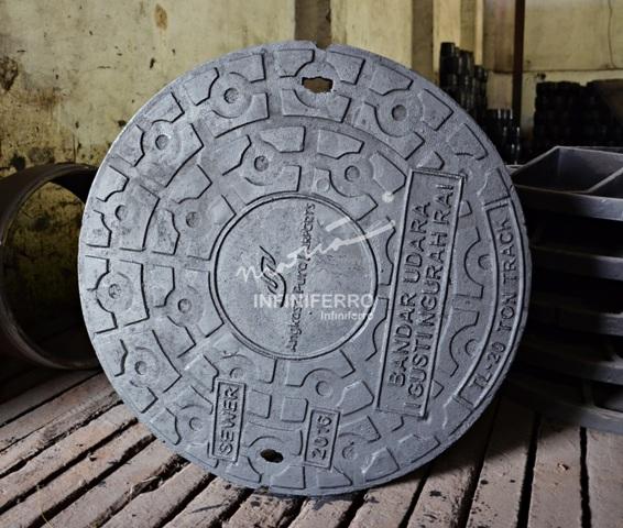manhole cover cast iron bandara ngurah rai D650