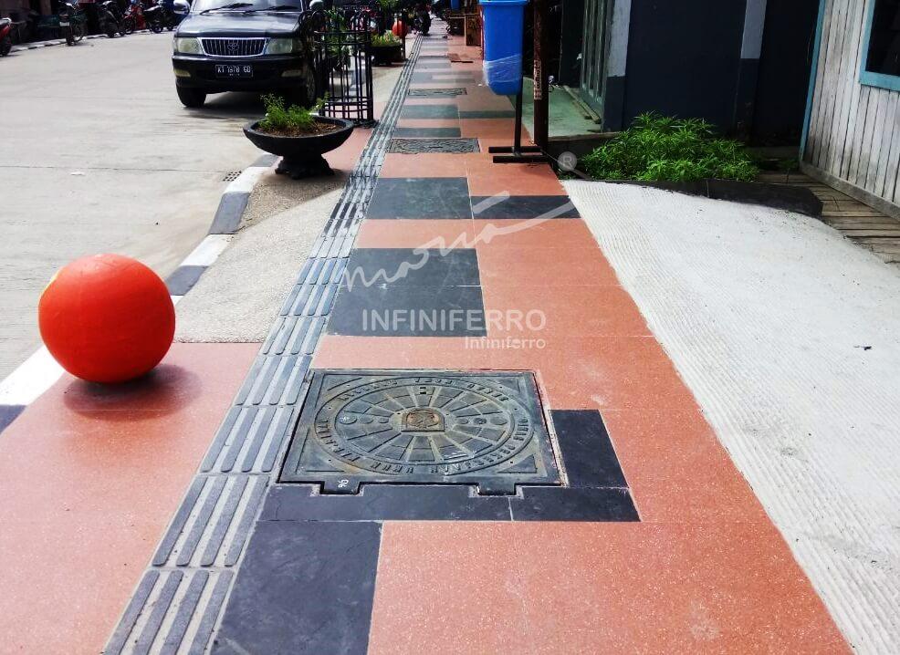manhole cover proyek peningkatan jalan berau